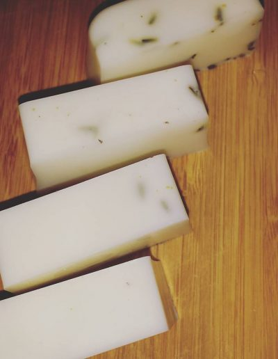 goats milk coconut and lavinder soap-960x960